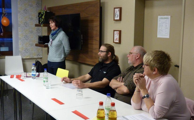 Hildegard Legat und die übrigen Referenten der Veranstaltung