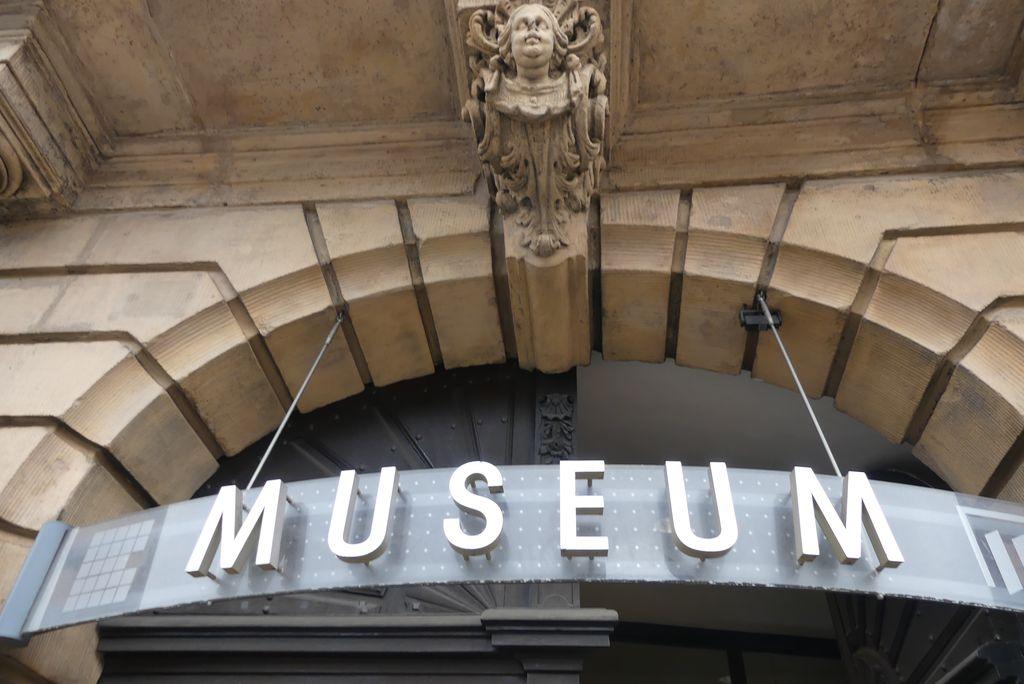 Der Eingang des Erlanger Stadtmuseums.